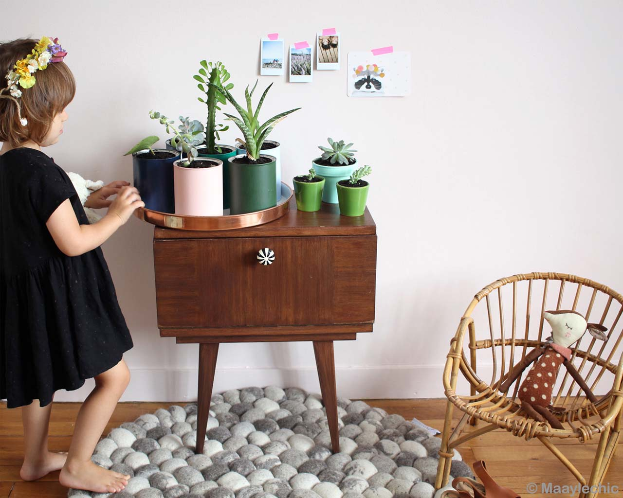 baby with different vases modern light gray carpet
