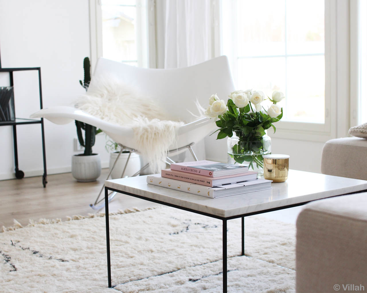 beautiful white chair and white rose contemporary rugs