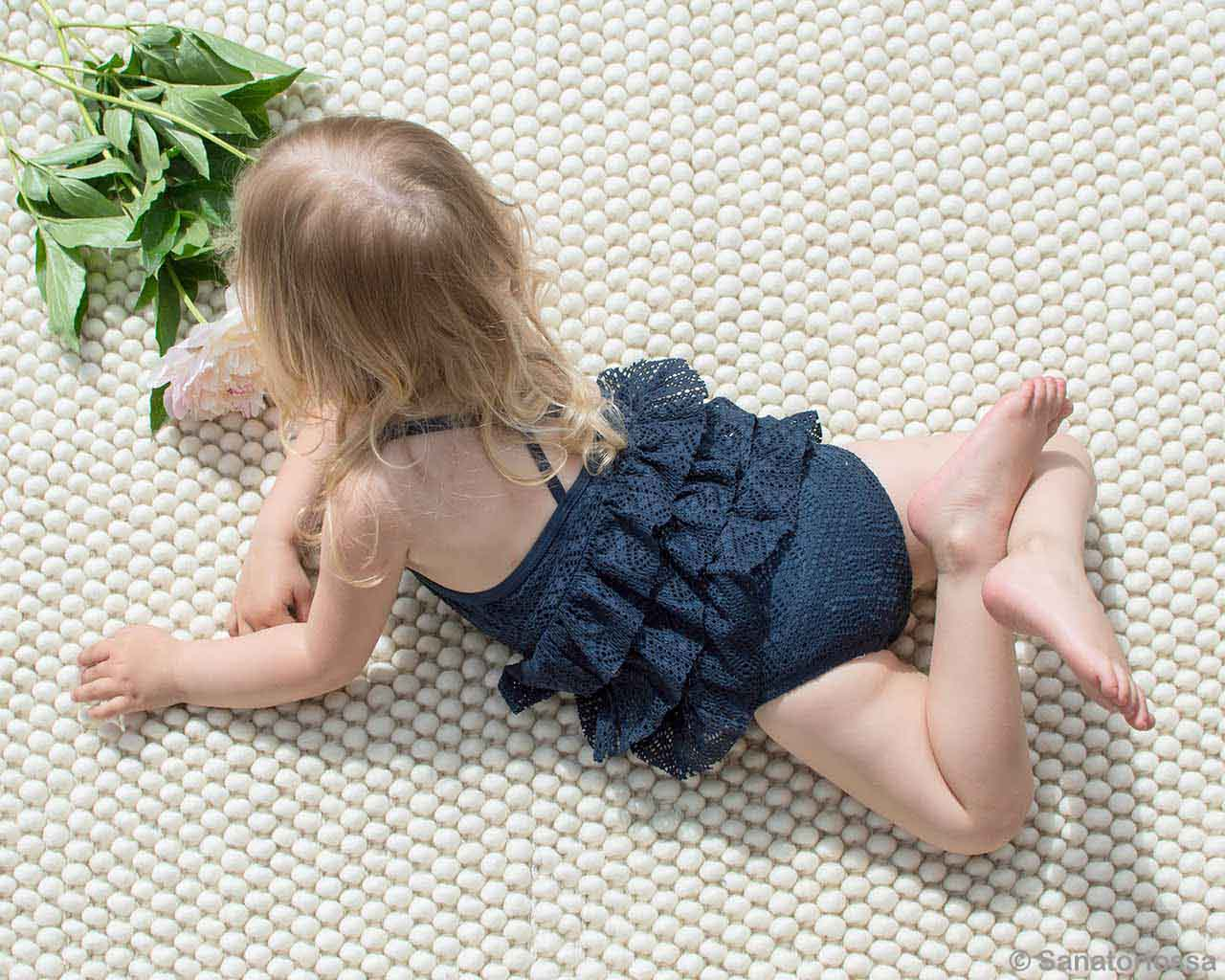 cute baby and green leaves fresh felt rugs