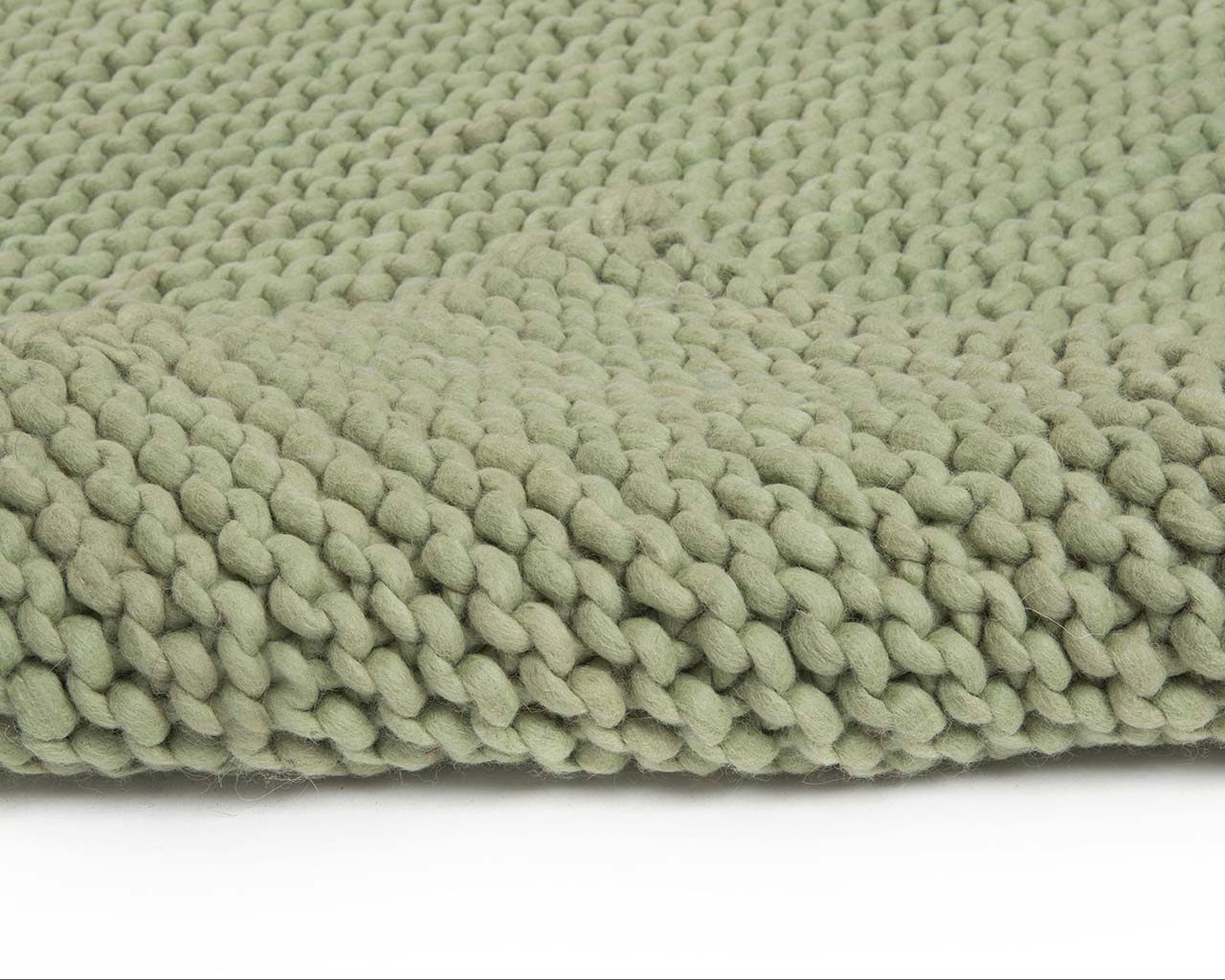 forest green woolen braided chunky soft room carpet