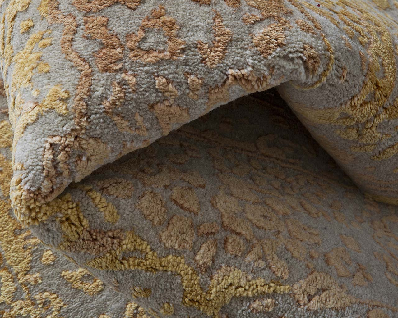hand tufted coral persian carpet prices