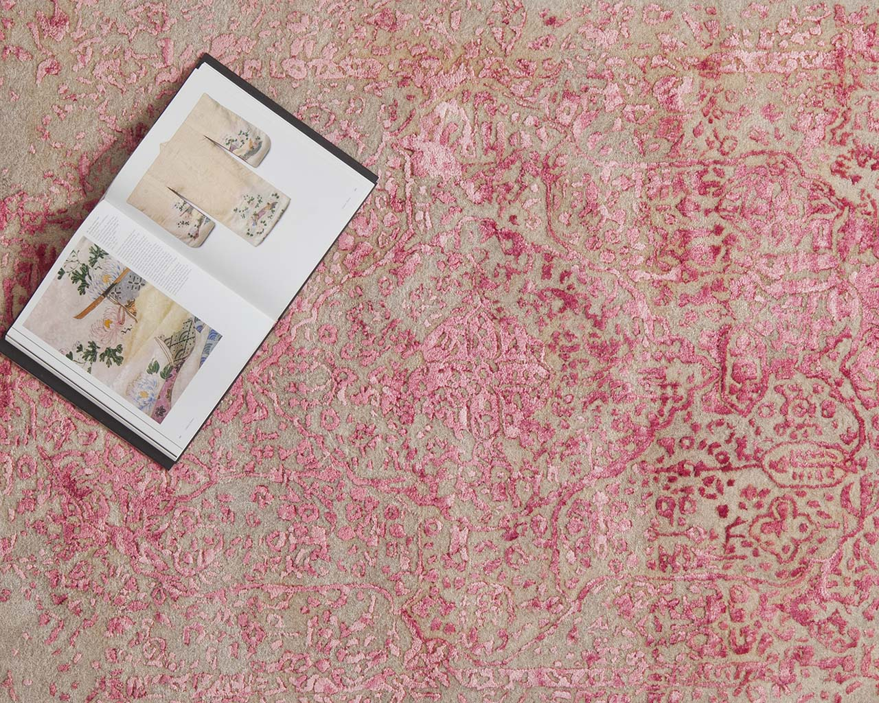 hand tufted hot pink oriental looking carpets