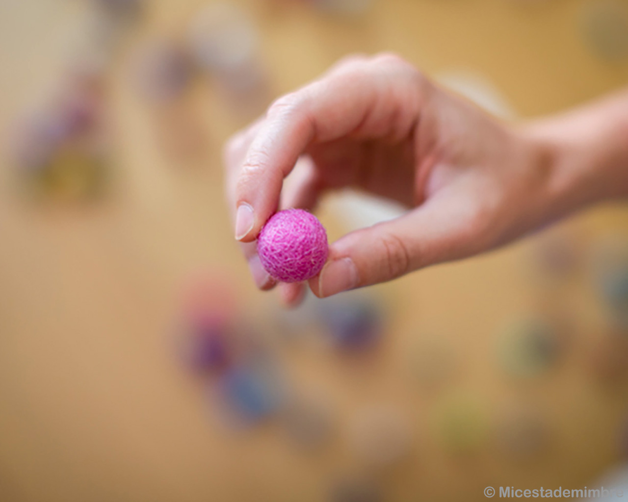 handmade one piece of felt ball in hand made in nepal rugs