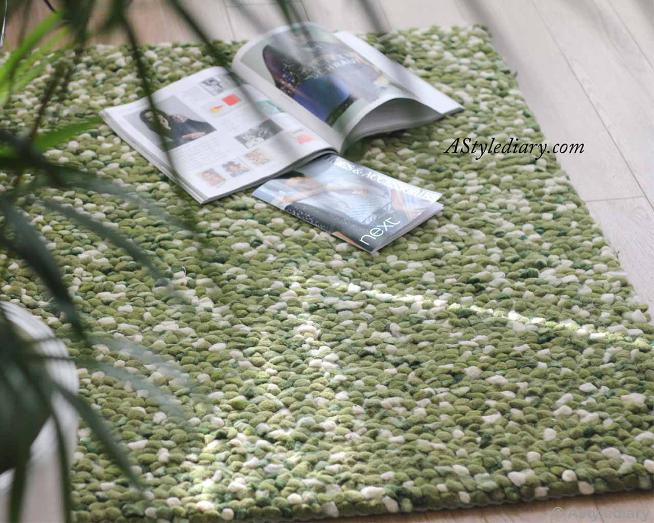 magazines white and green felt ball lounge rugs_1