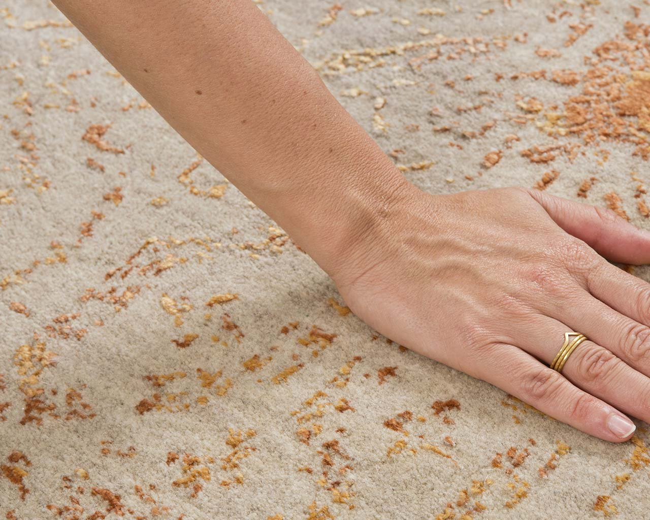 oriental light yellow hand with ring accent rugs