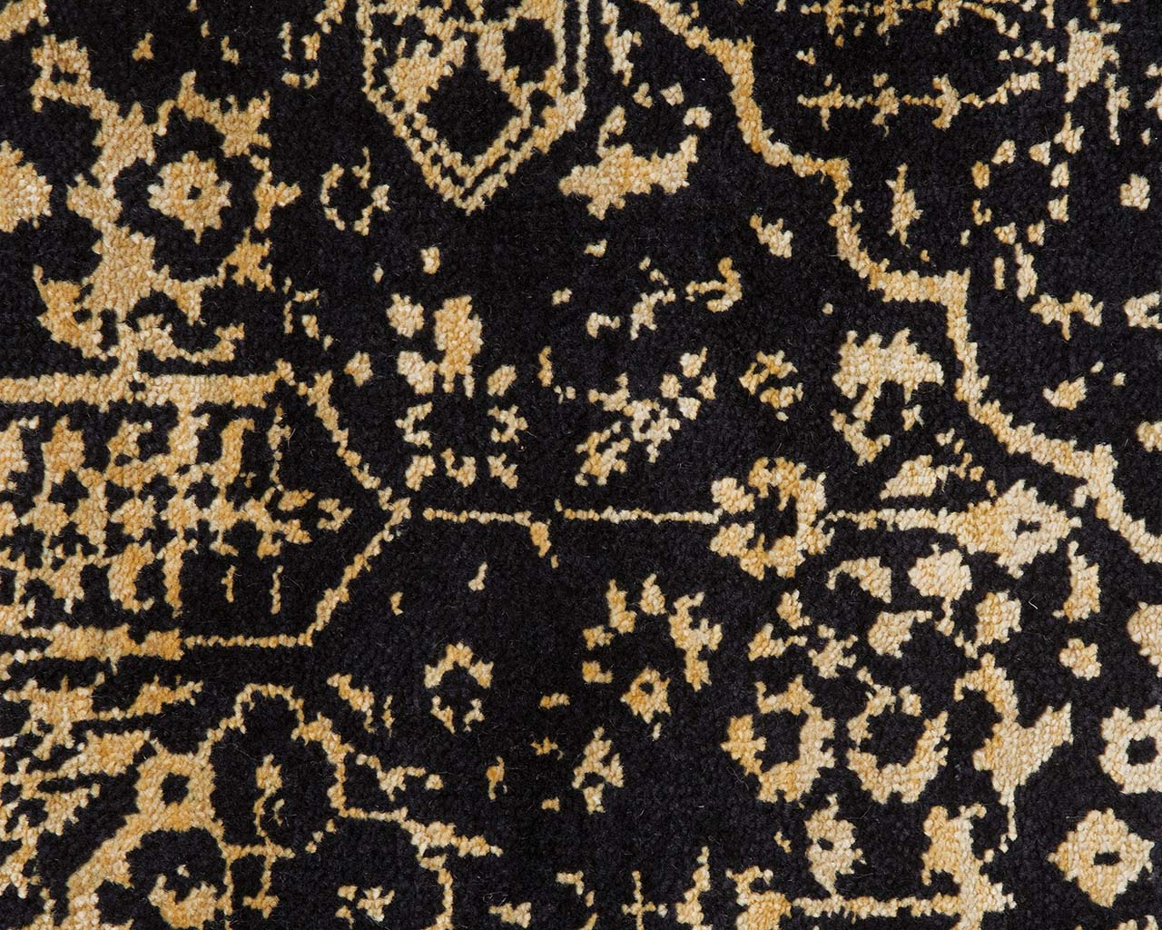 peach puff woven hand knotted persian looking rugs