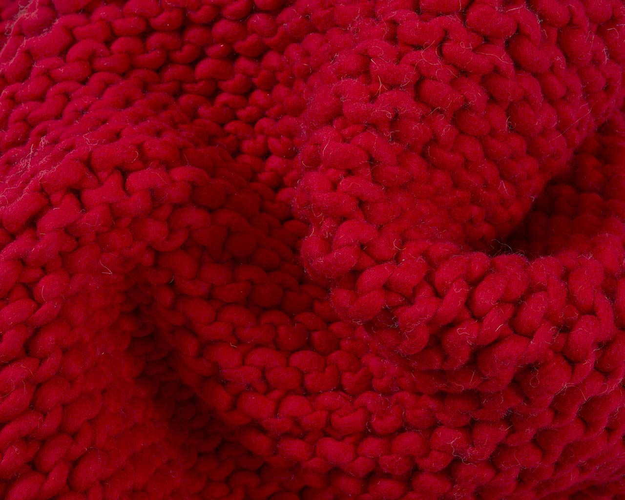 soft braided chunky crimson rugs for sale