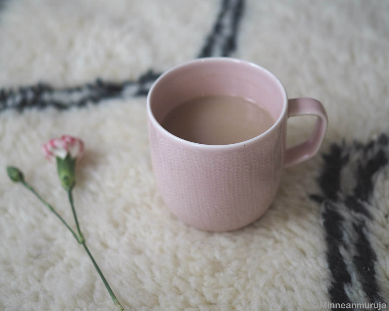 tea in pink cup red flower designer carpets and rugs