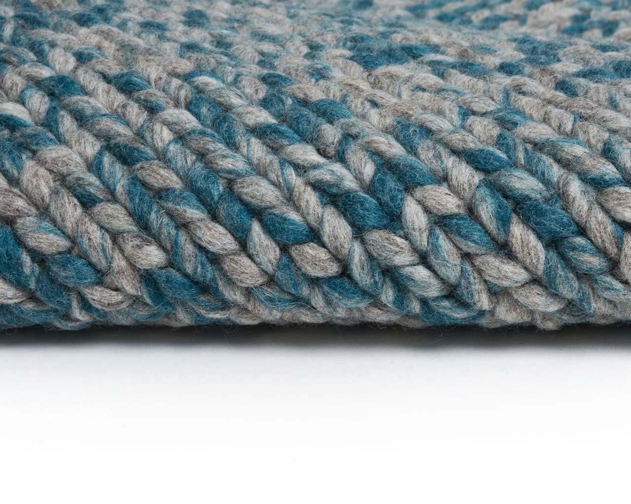 turquoise knitted braided soft wool turkish oriental rugs