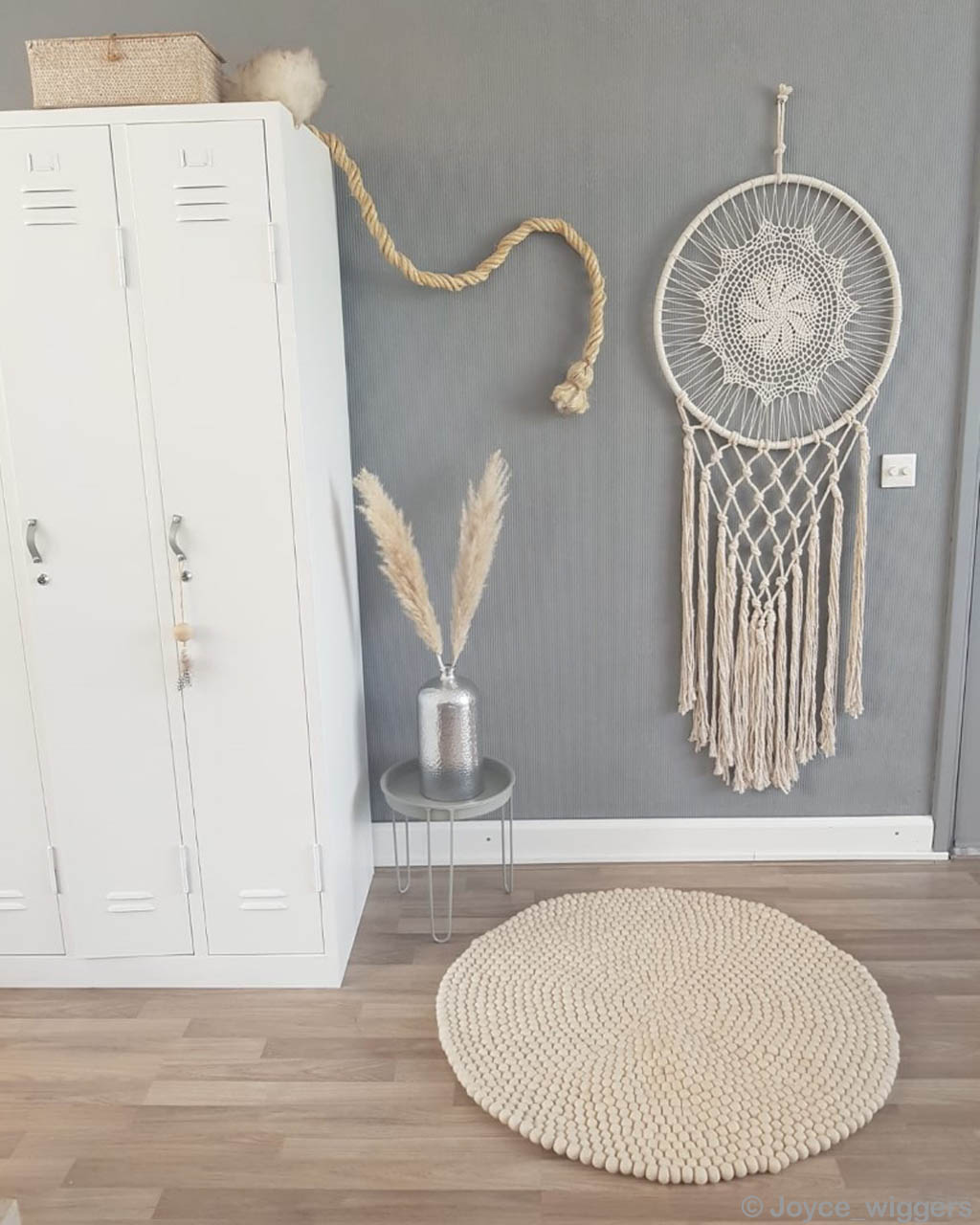 vase and wall craft clearance rugs