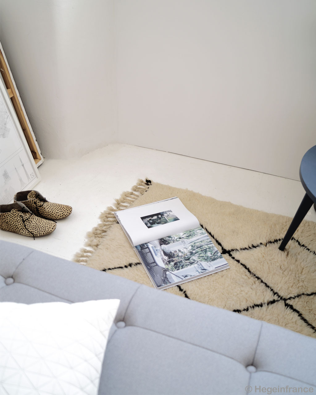 woolen magazine sofa and shoes modern wheatish floor rugs