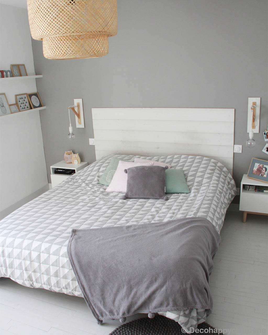 woolen white bed with multiple pillows made in nepal carpet