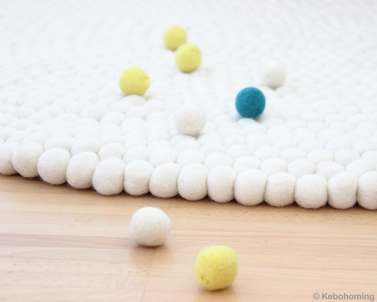 woolen yellow blue and white felt ball nepalian made carpet