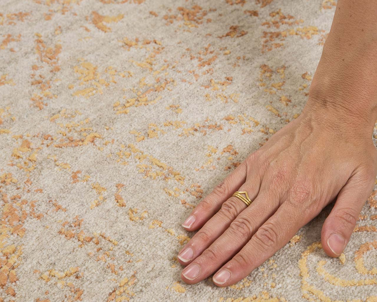 woven yellow hand with ring oriental carpets for sale
