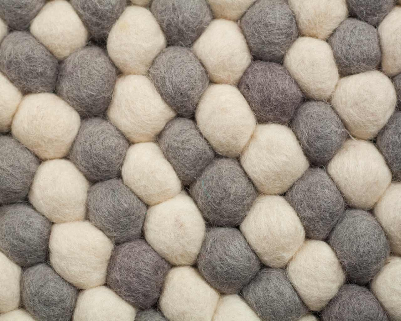 making a rug yourself wool balls