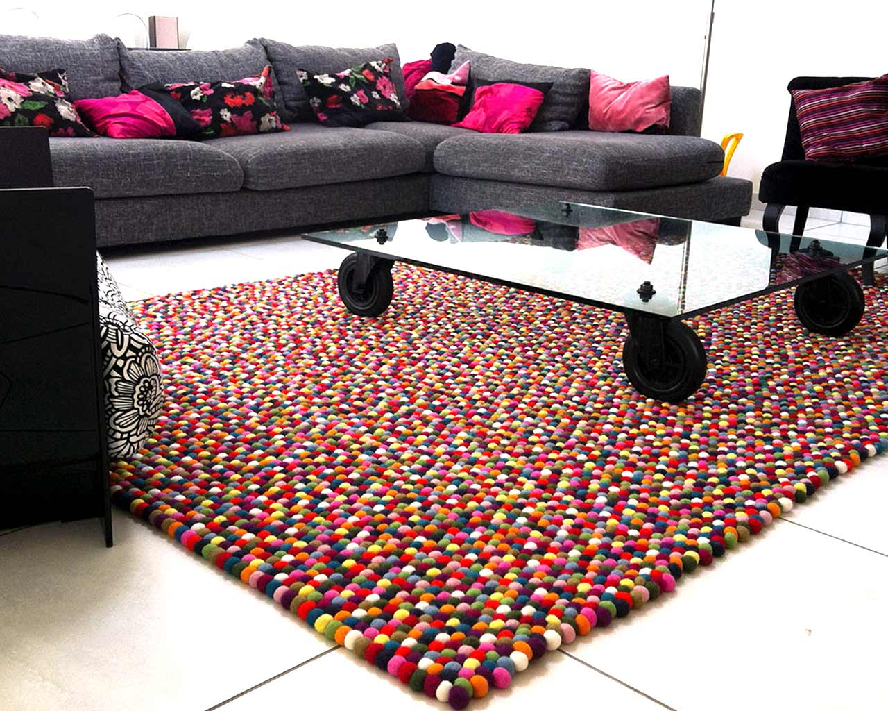 black pink living room colourful carpet