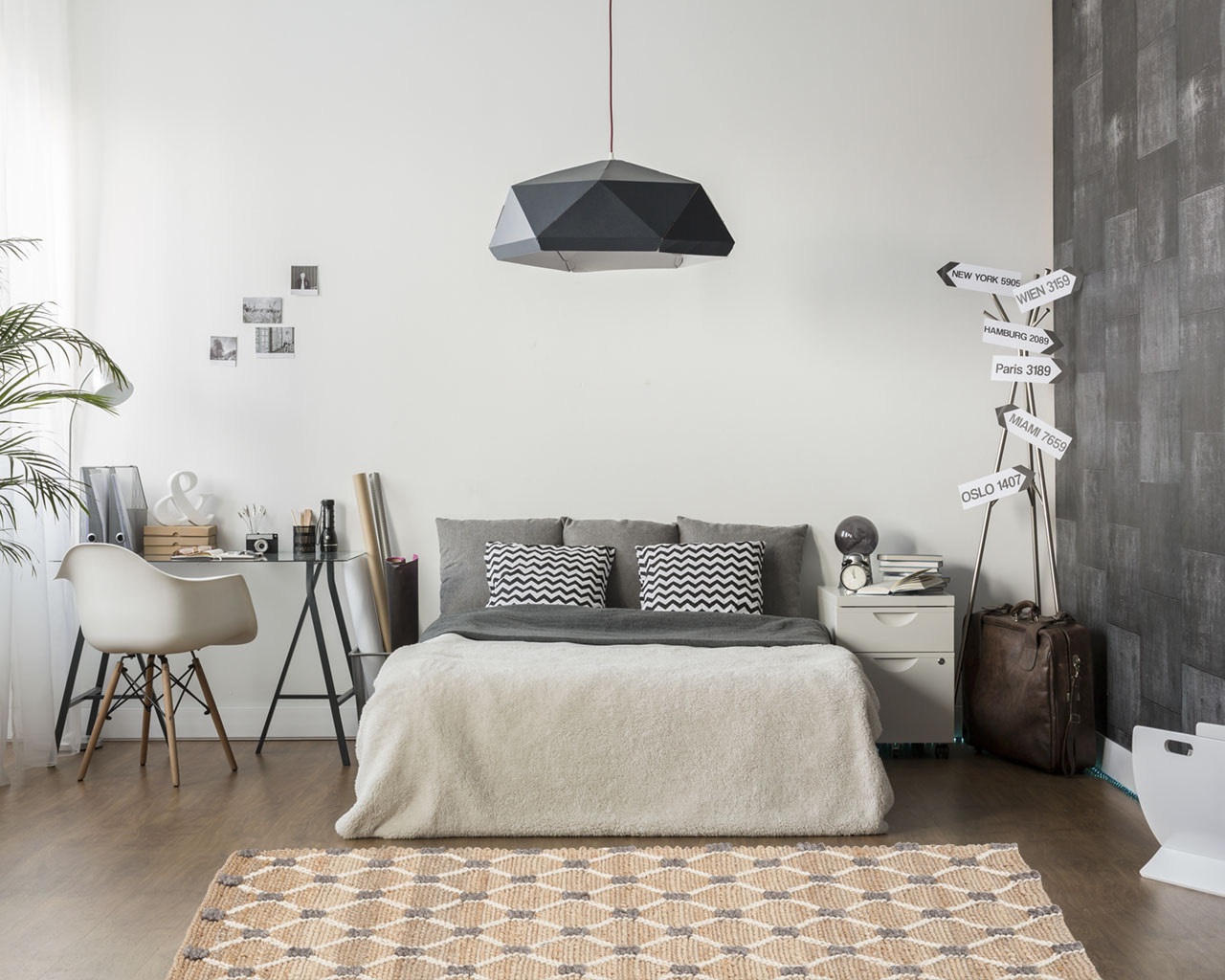 stylish bed room carpets antique